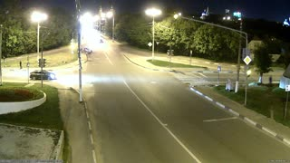 Accident in Serpukhov, strong side bump in the night at full speed - Video