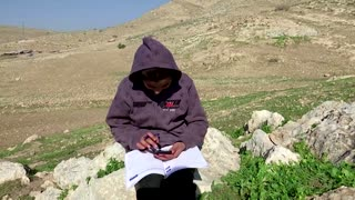 Palestinian Bedouins struggle with e-learning