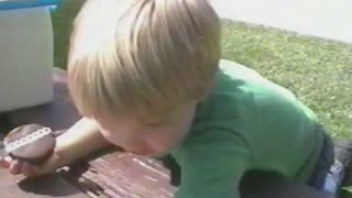 Cupcake kid doesn't know that sharing is caring - Video