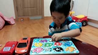 Baby learn English with colors, shapes, numbers and letters  - Video