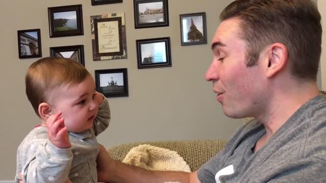 Baby Girl Doesn't Seem To Recognize Her Father Without A Beard