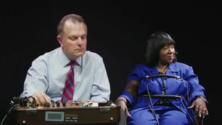 What happens when kids hook their moms up to lie detectors - Video