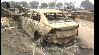Residents react to US wildfire devastation - Video