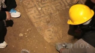 Skeletons found in Greek archaeological tomb - Video