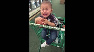 Babies love black friday - Video