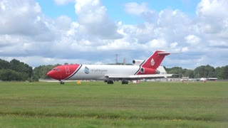Boeing 727 short landing - Video