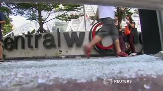 Bangkok attack shakes Thai economy - Video