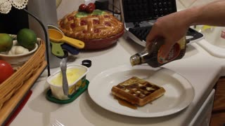 How to make French Toast waffles - Video