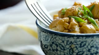 Skinny honey lemon chicken recipe - Video