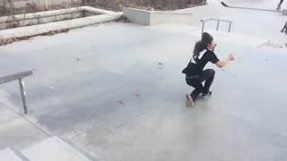 Green beanie skateboard hit face - Video