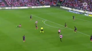 VIDEO: Ter Stegen | Mistake and Great Save with his face again Bilbao - Video