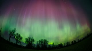 Spectacuar Northern Lights show over Estonia - Video