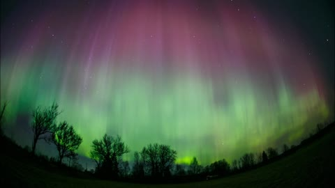 Spectacuar Northern Lights show over Estonia
