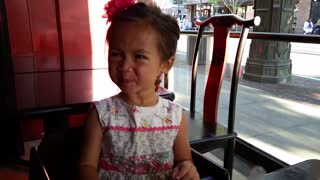Toddler tries lemon, makes great face  - Video
