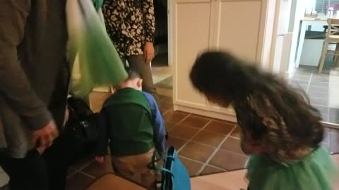Toddler boy slays the Korean bow
