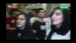 Reza Golzar's fan asked him to marry her -Part 2 - Video