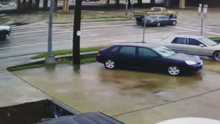 3 Car Accident in Intersection - Video