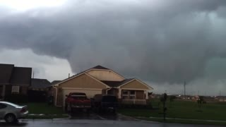 Norman Oklahoma Tornado 2015 - Video