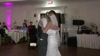 Brides father passed away 18 years before her wedding day - Video