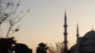 Gerger dawn collection in Istanbul - Video