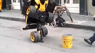 Real life Transformer in New Orleans - Video