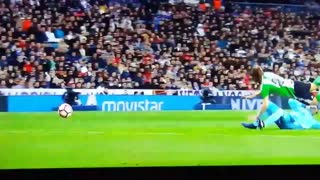 Navas should have been sent off for this interception - Video