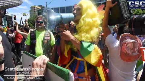 Cross dressing Tran Attempts To Preach To The Hell Shaking Street Preachers At Seattle Pride