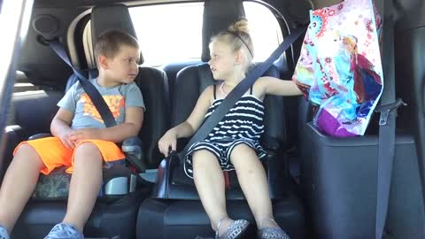 Adorable cousins have a serious conversation about police officers