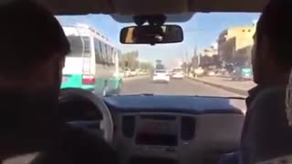 When you cannot communicate with a taxi driver - Video