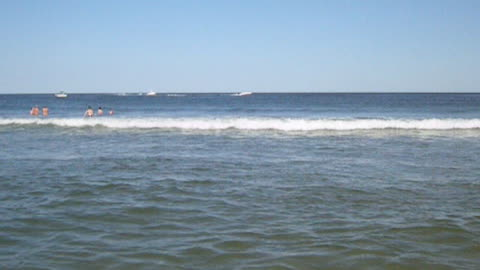 OCEAN GROVE - SUPER CLOSE WAVES VIEW (NJ New Jersey shore beach travel)