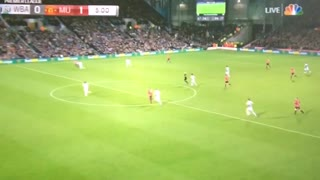 Zlatan Ibrahimovic's goal to put United ahead! - Video