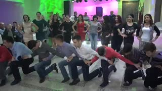 Amazing Balkan Dance - Video