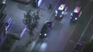 Police Pursuit of Suspected Drunk Driver in Los Angeles