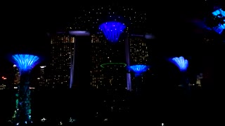 This Incredible Singapore Light Show Will Blow Your Mind