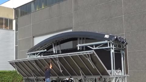 Fast, easy and secure Stage Trailer ARC