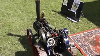 Vintage Miniature Steam Engines - Video