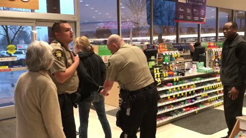 Lady Goes Crazy After Shoplifting