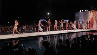 Miami SWIMWEEK _ Frankies Bikini's _ Exclusive Interview w/ Francesca Aiello - Video