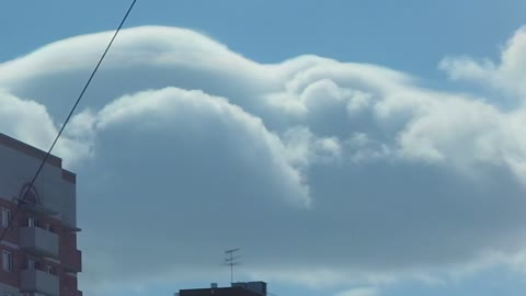 """Cap"" on top of a cumulus cloud be a thunder-storm"