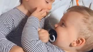Hilarious, pacifier hacking or exchange ?!!