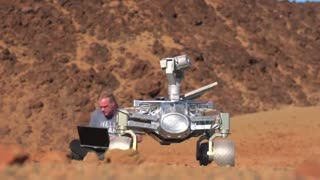 German scientists' high hopes for 'budget' moon rover - Video