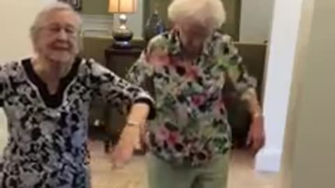Dancing grandmothers get down to 'Whip/Nae Nae'