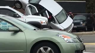 Police Chase Ends with Crash - Video