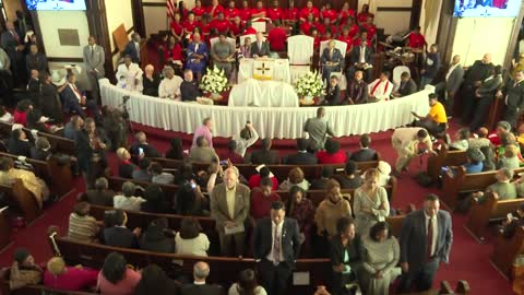 Selma church-goers turn their backs on Bloomberg