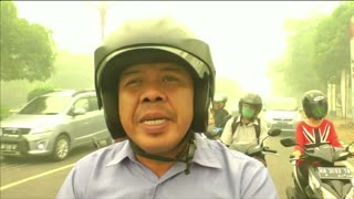 Haze worsens in parts of Indonesia - Video
