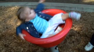 Little Girl Can't Stop Spinning In Circles - Video
