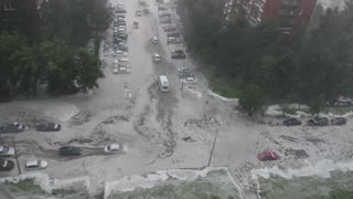 Massive Flooding in St. Peterburg - Video