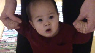 Bean is a 7 months old baby. - Video