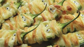 How To Make Halloween Jalapeno Popper Mummies - Video