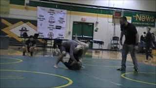 Johnny Gets 3 submissions and cleans out his division - Video